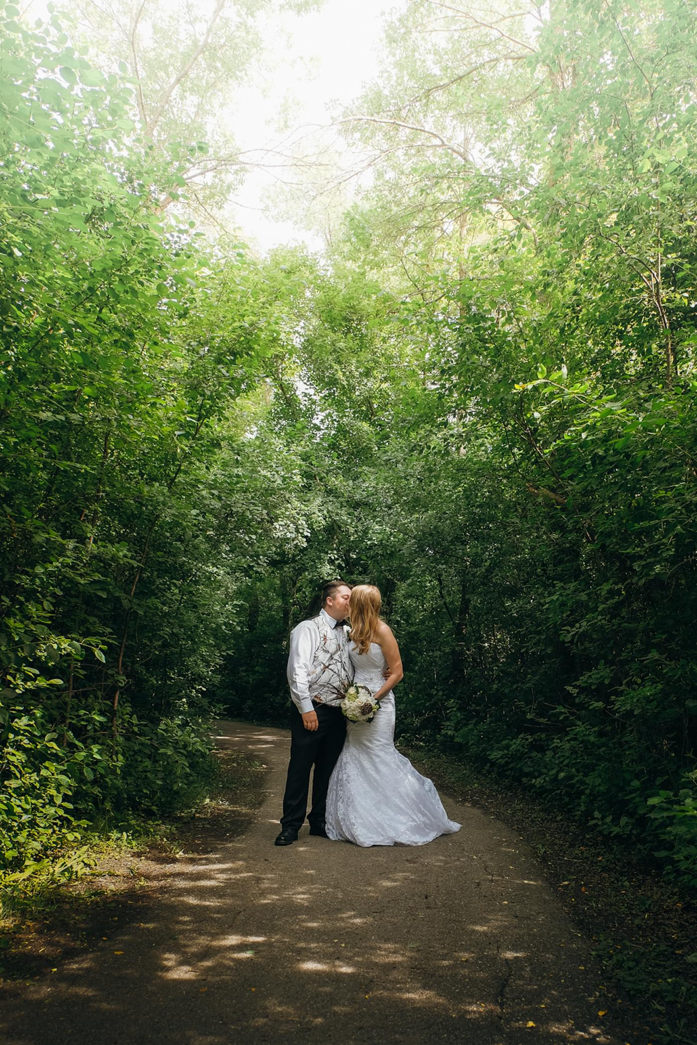 Wedding and engagement photos by Toronto based photographer Darrin Henein.